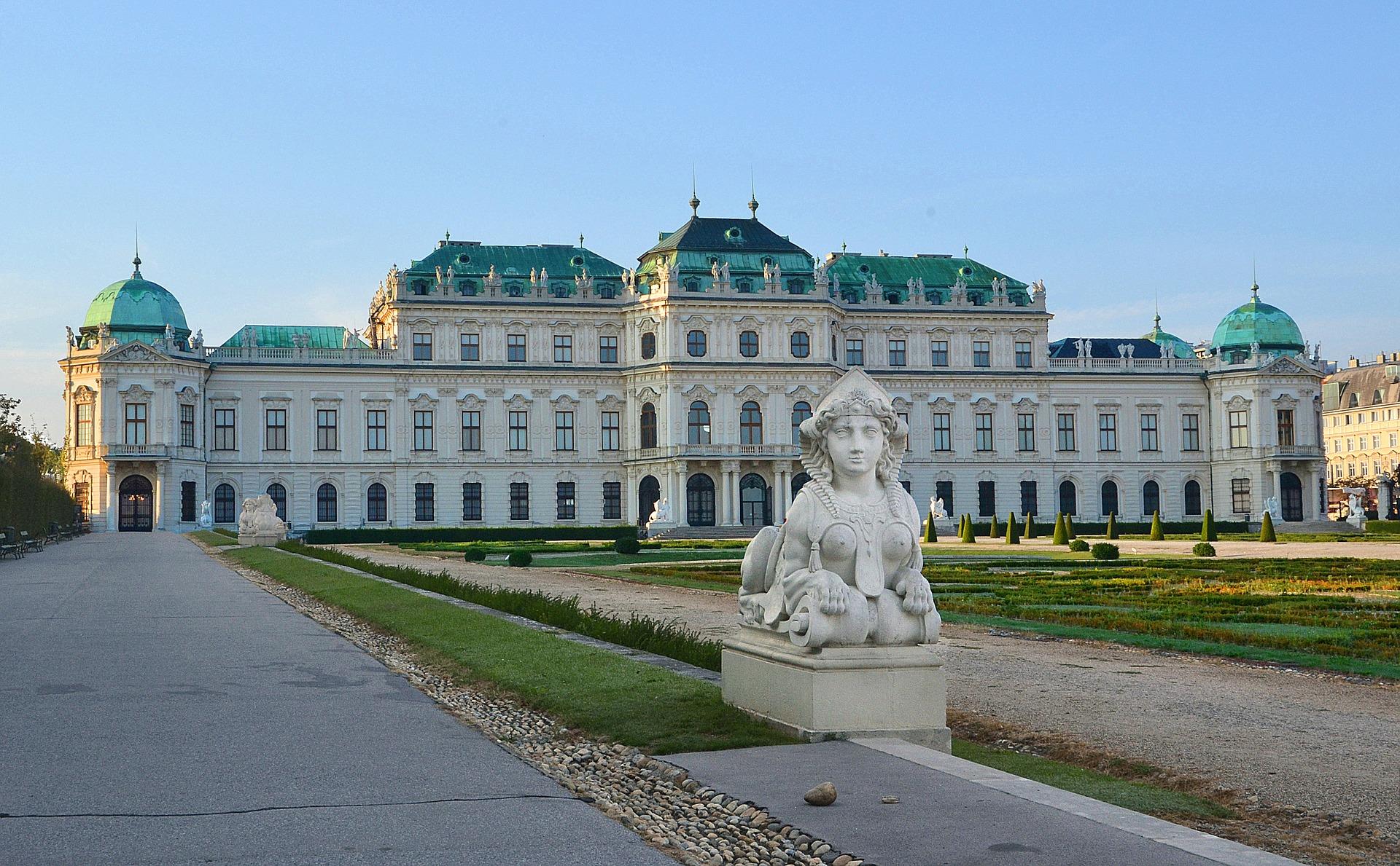 Schloss Belvedere, CC0 Public Domain, Anemone123/Pixabay