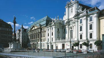 Außenansicht der Kirche am Hof in Wien