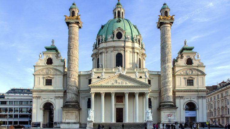Außenansicht der Karlskirche