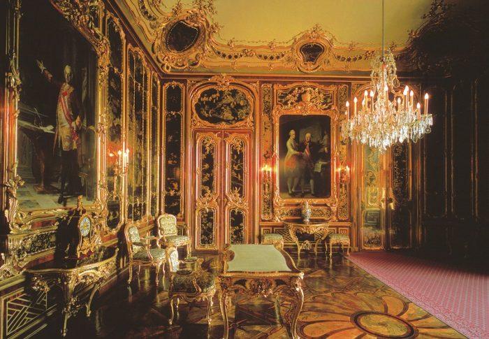 Vieux-Laque-Salon im Schloss Schönbrunn