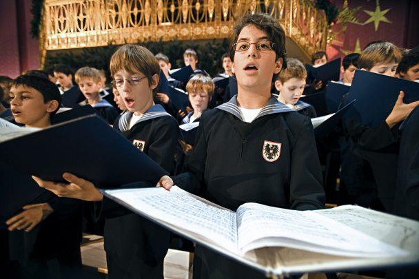Wiener Sängerknaben bei der Gesangsprobe