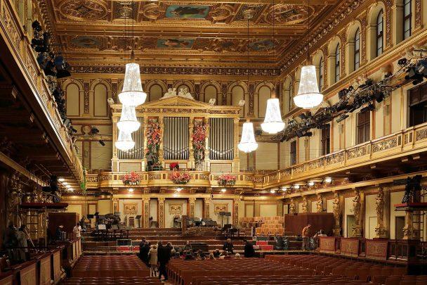 """""""Goldener Saal"""", rund 2 Stunden nach dem Ende des Neujahrskonzertes 2015"""
