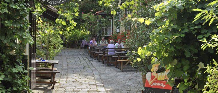 Heuriger in Grinzing (19. Bezirk)