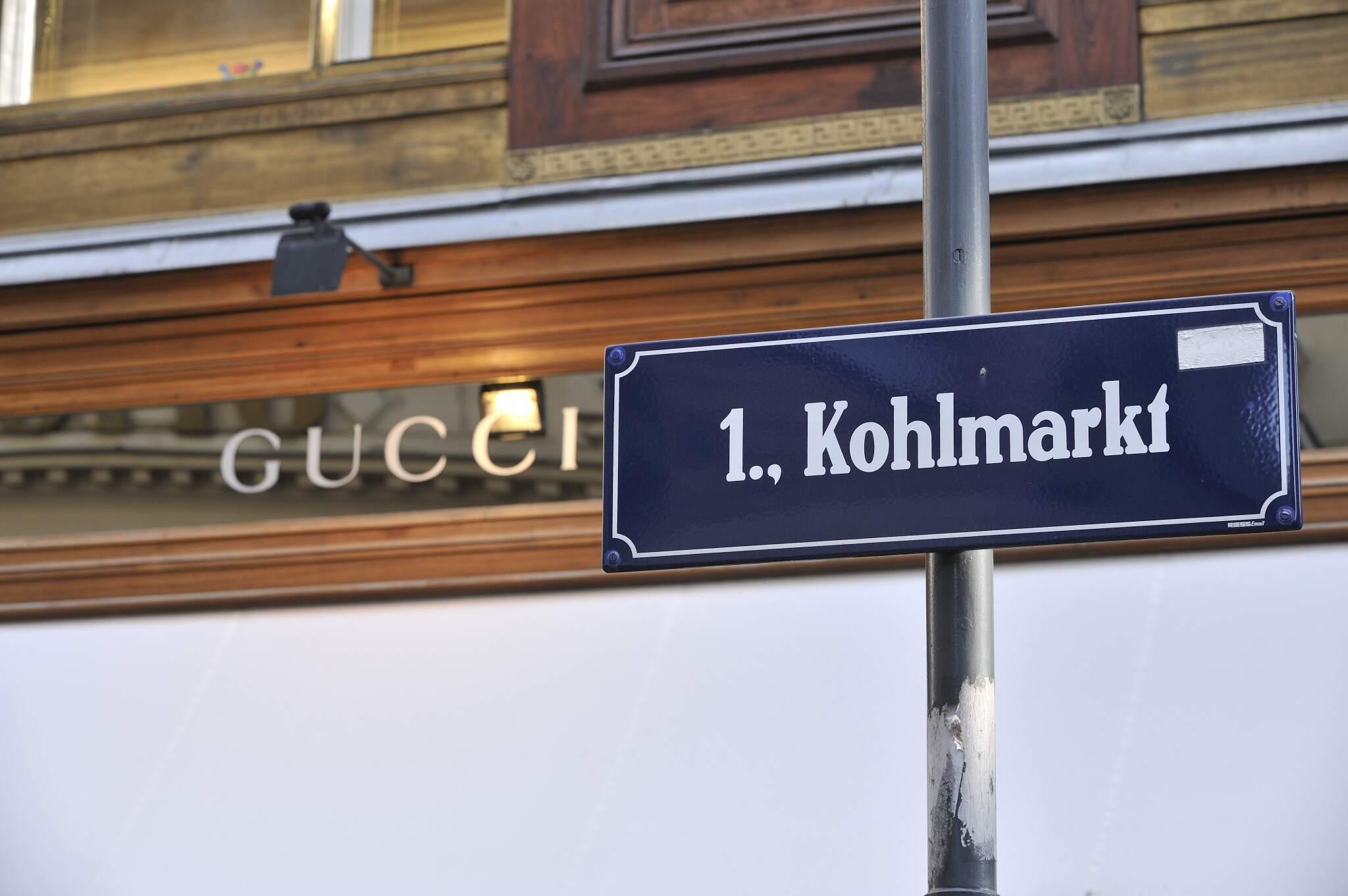 Kohlmarkt im 1. Bezirk - Straßenschild