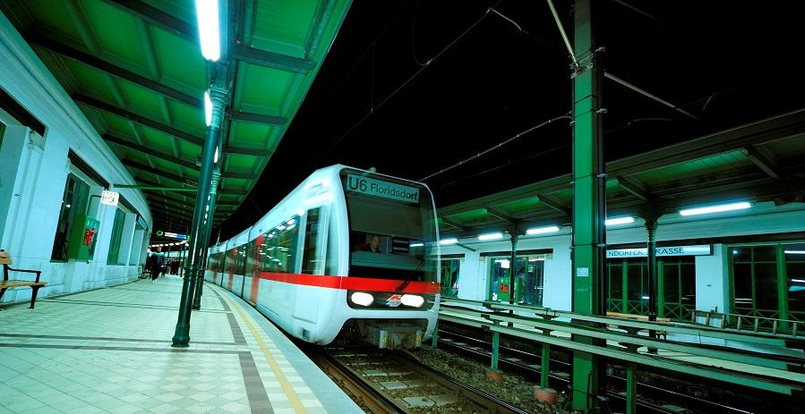 Nacht-U-Bahn auf der Linie U6