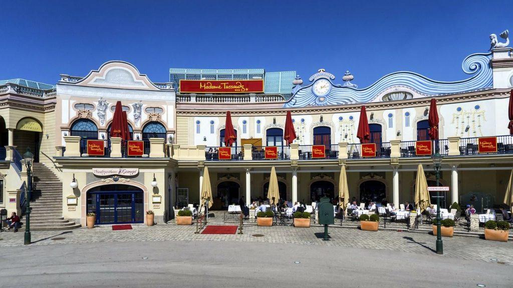 Außenansicht von Madame Tussauds im Prater in Wien