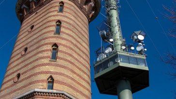 Gebäude der Sternwarte von außen gesehen
