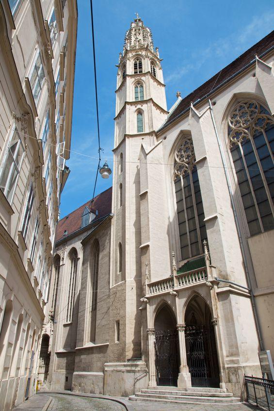 Außenanischt der gotischen Kirche Maria am Gestade