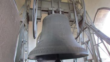 the largest bell in austria