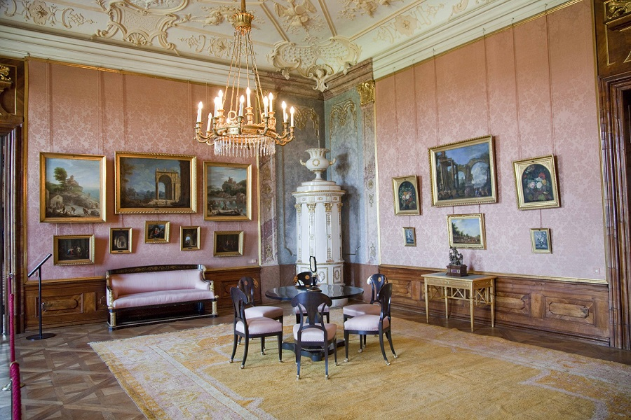 Napoleonzimmer im Kaisertrakt mit Kachelofen