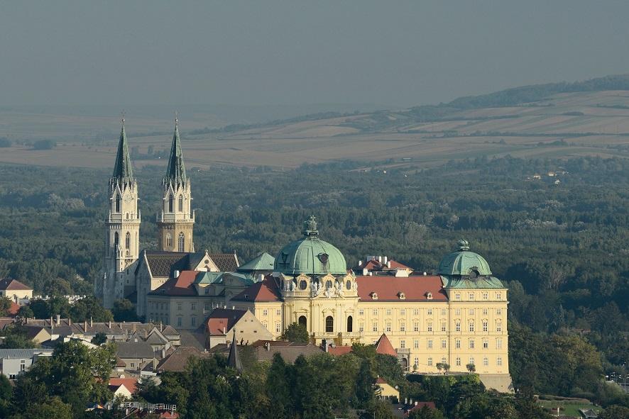 Stift Klosterneuburg, Blick auf das Stift