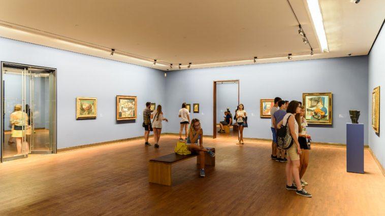 Austellung von Gemälden in der Albertina inkl. BesucherInnen