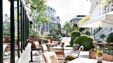 Gastgarten vor dem Restaurant