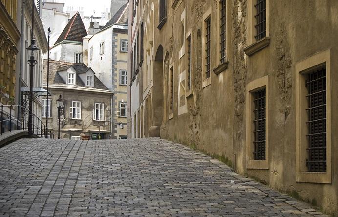 mittelalterlicher Bereich in der Stadt Wien mit alten Häusern