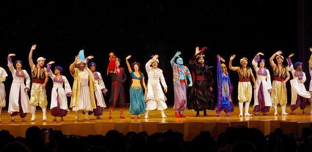 Darsteller des Musicals Aladdin