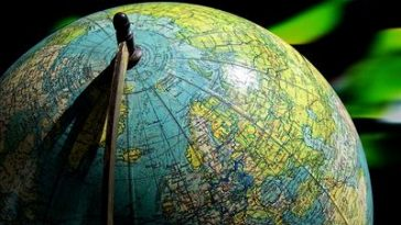 Globuskugel mit Europakarte