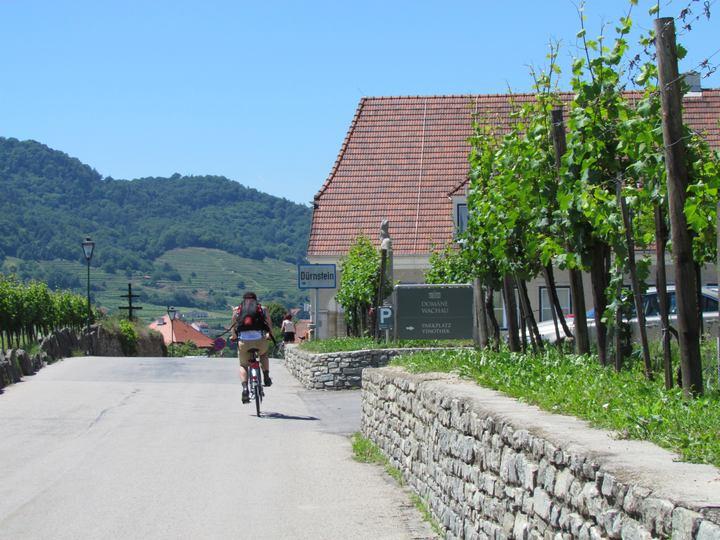 mit dem Rad unterwegs durch Dürnstein